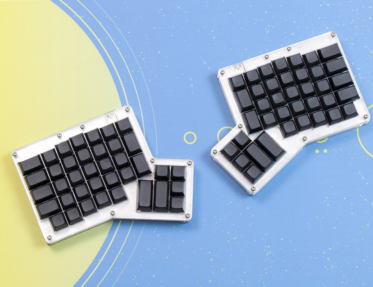Hot Dox Complete Ergonomic Mechanical Keyboard Kit offers total customization