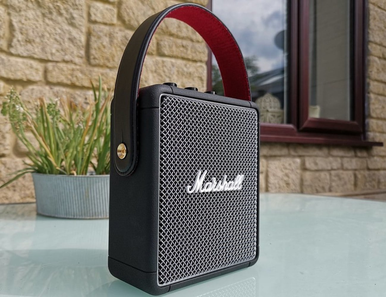 Marshall Stockwell II Lightweight Compact Portable Speaker provides immersive sound