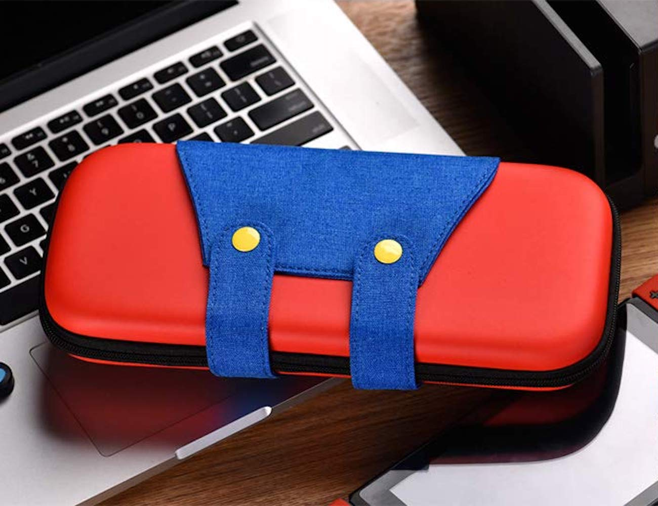 Nintendo Switch Case is designed to look like it's a character in a game