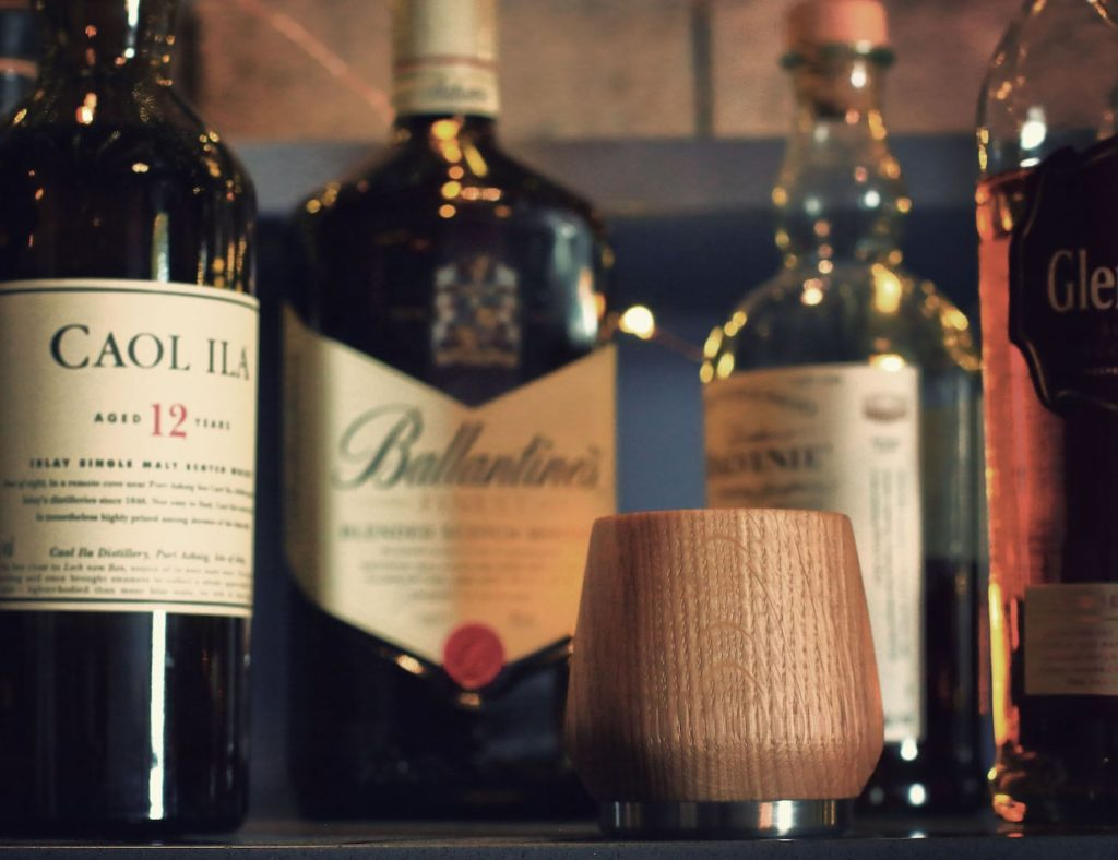 Nisnas+Industries+Oak+Whisky+Tumbler+serves+up+your+perfect+nightcap