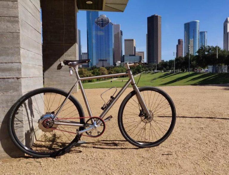 Nua+Electrica+Advanced+Commuter+E-Bike+is+a+minimal+electric+bicycle