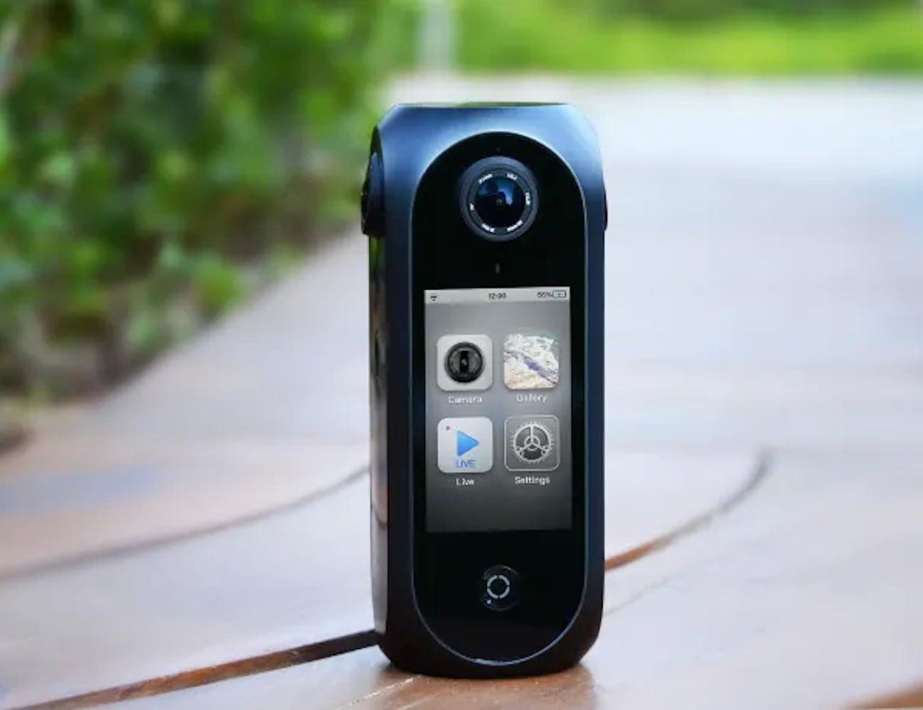 Pilot Era 8K 360° Compact VR Camera offers incredible touchscreen previews