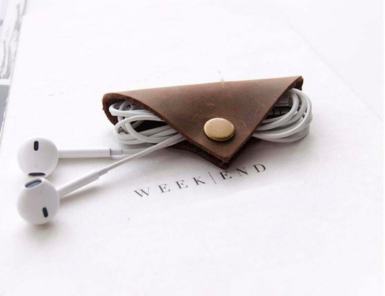 Premium Leather Snap Cable Wrap totally eliminates tangles