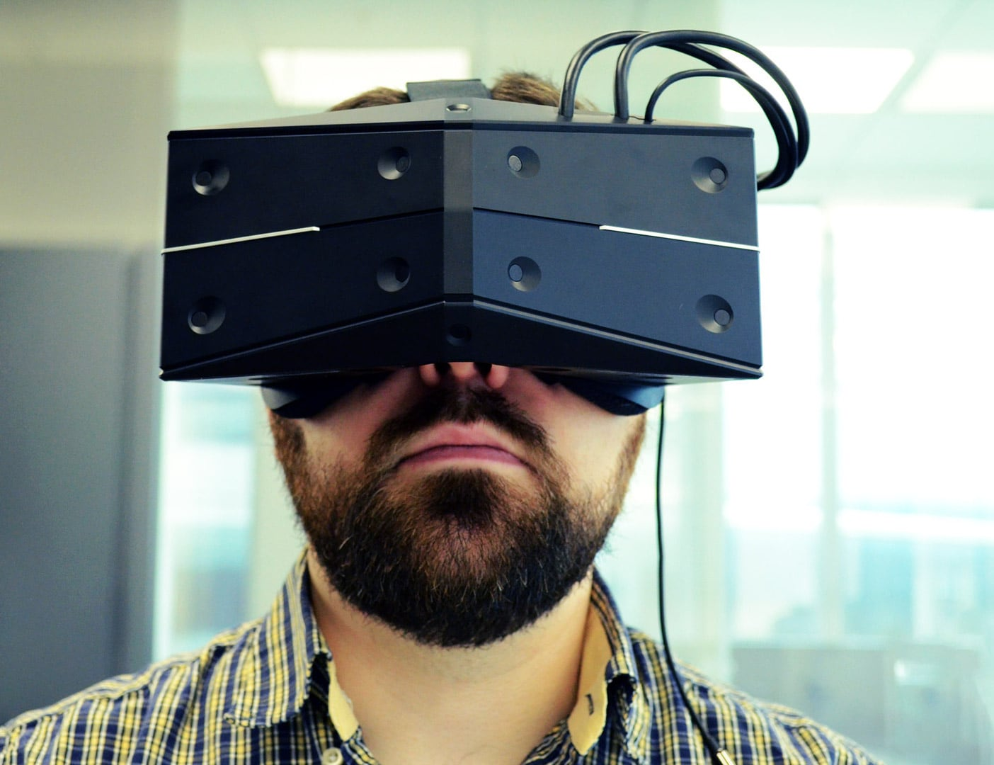 StarVR One VR Headset is the future of VR gaming