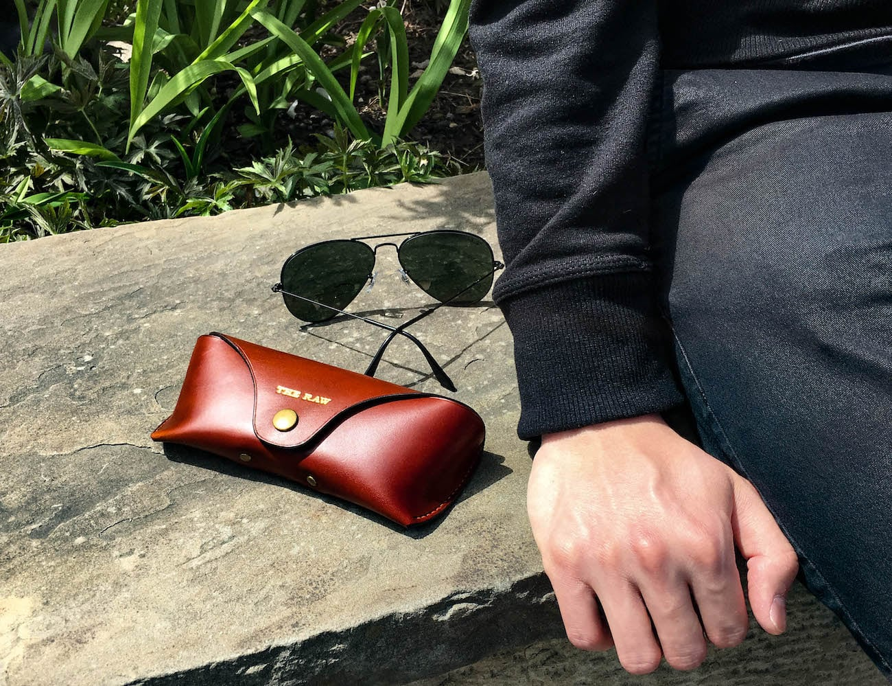 THE RAW Handcrafted Luxury Leather Goods are fashionable and durable