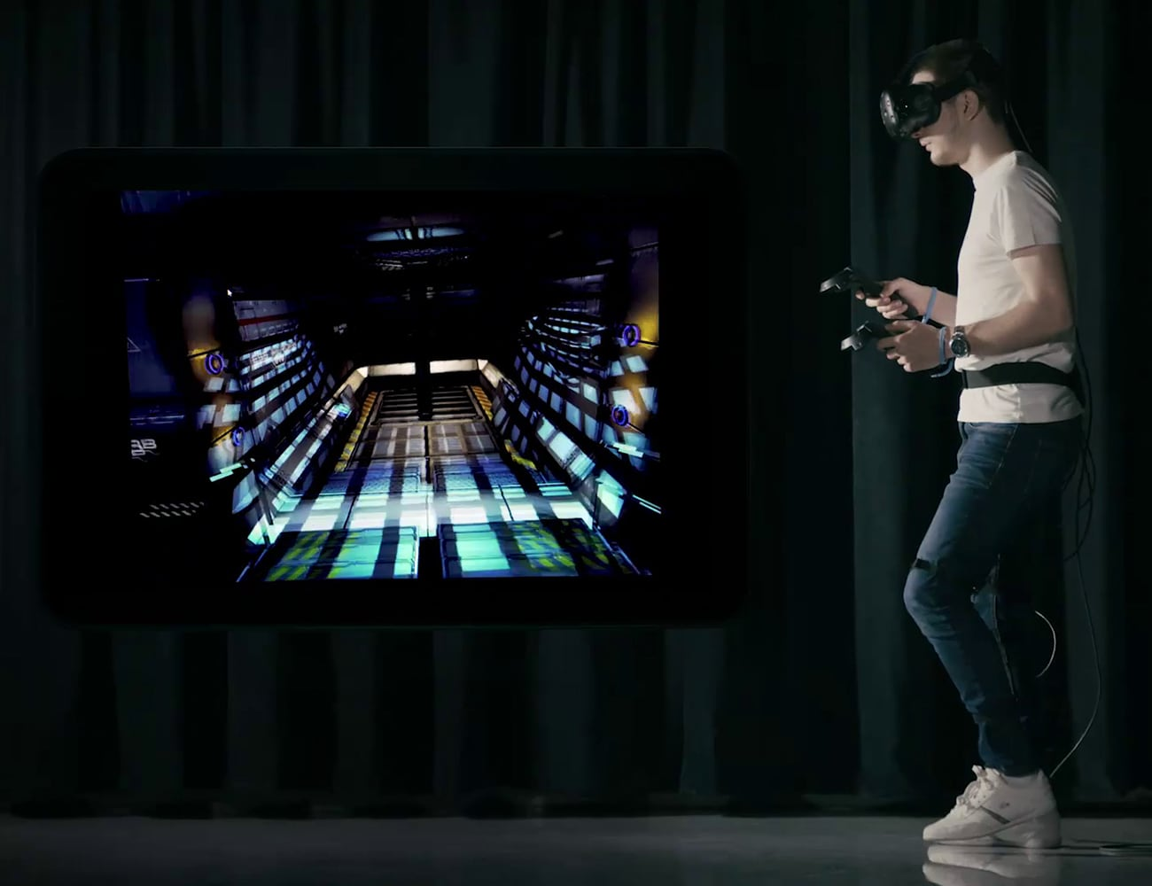 WalkOVR Wearable Motion Tracking System lets you interact with the virtual world