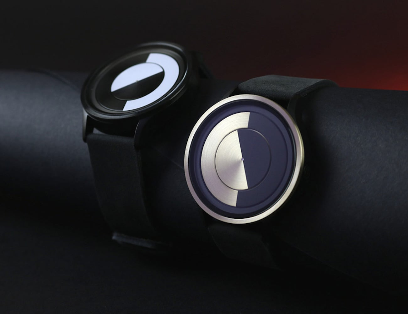 Ziiiro Lunar Modern Wristwatch is masterful blend of precision and style