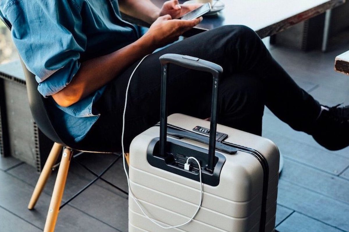 Smart luggage that can pass through airport security