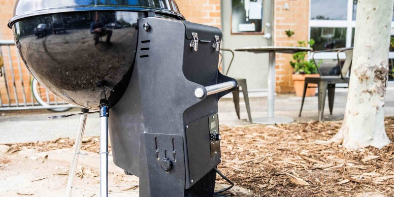 Switch to wood pellets in a minute with the Pella grill adapter
