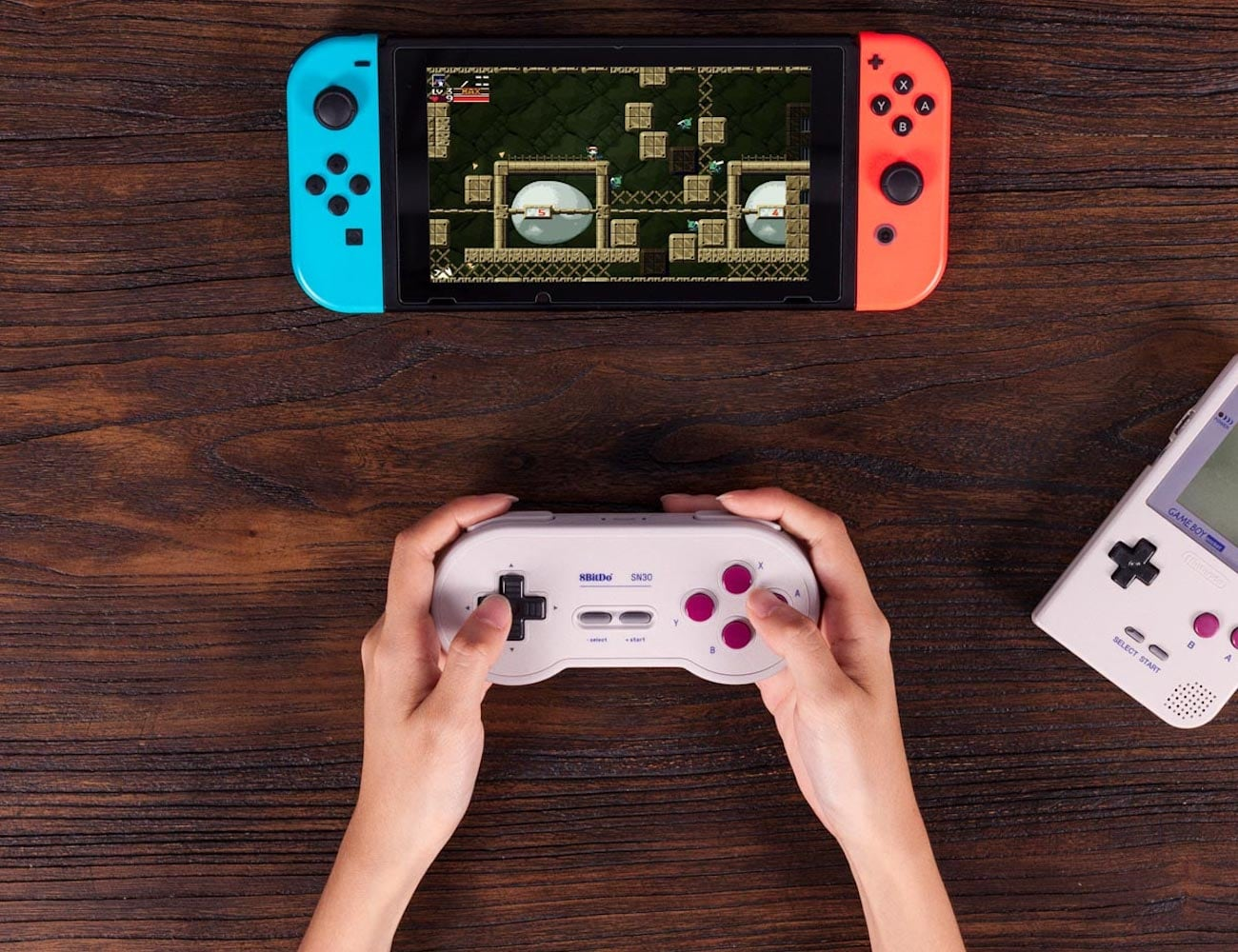 8BitDo SN30 GP Wireless Bluetooth Gamepad has great battery life for your long gaming sessions