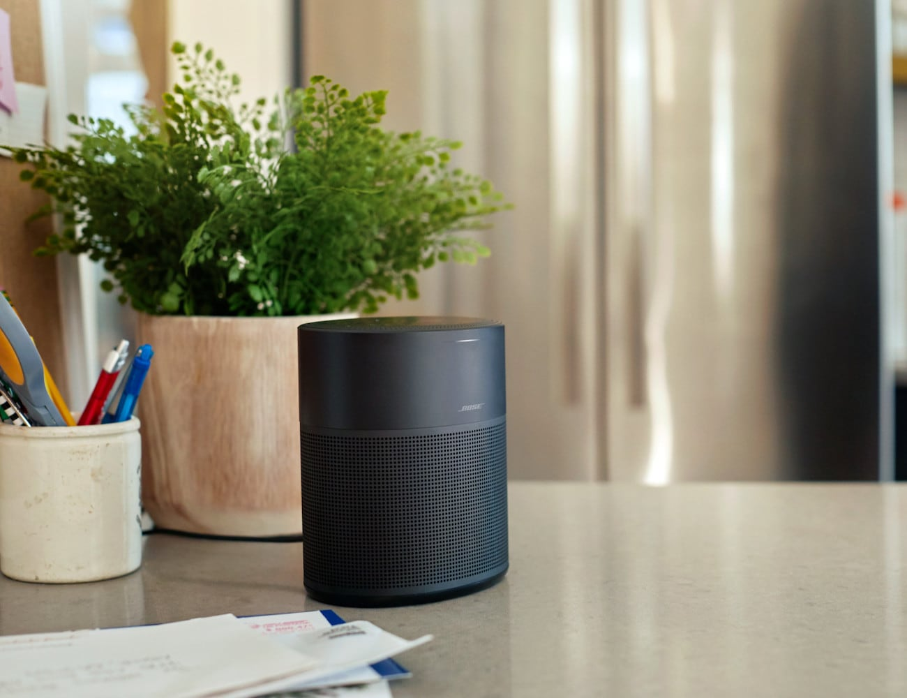 Bose Home Speaker 300 Small Smart Speaker provides 360° sound from just 6″ high