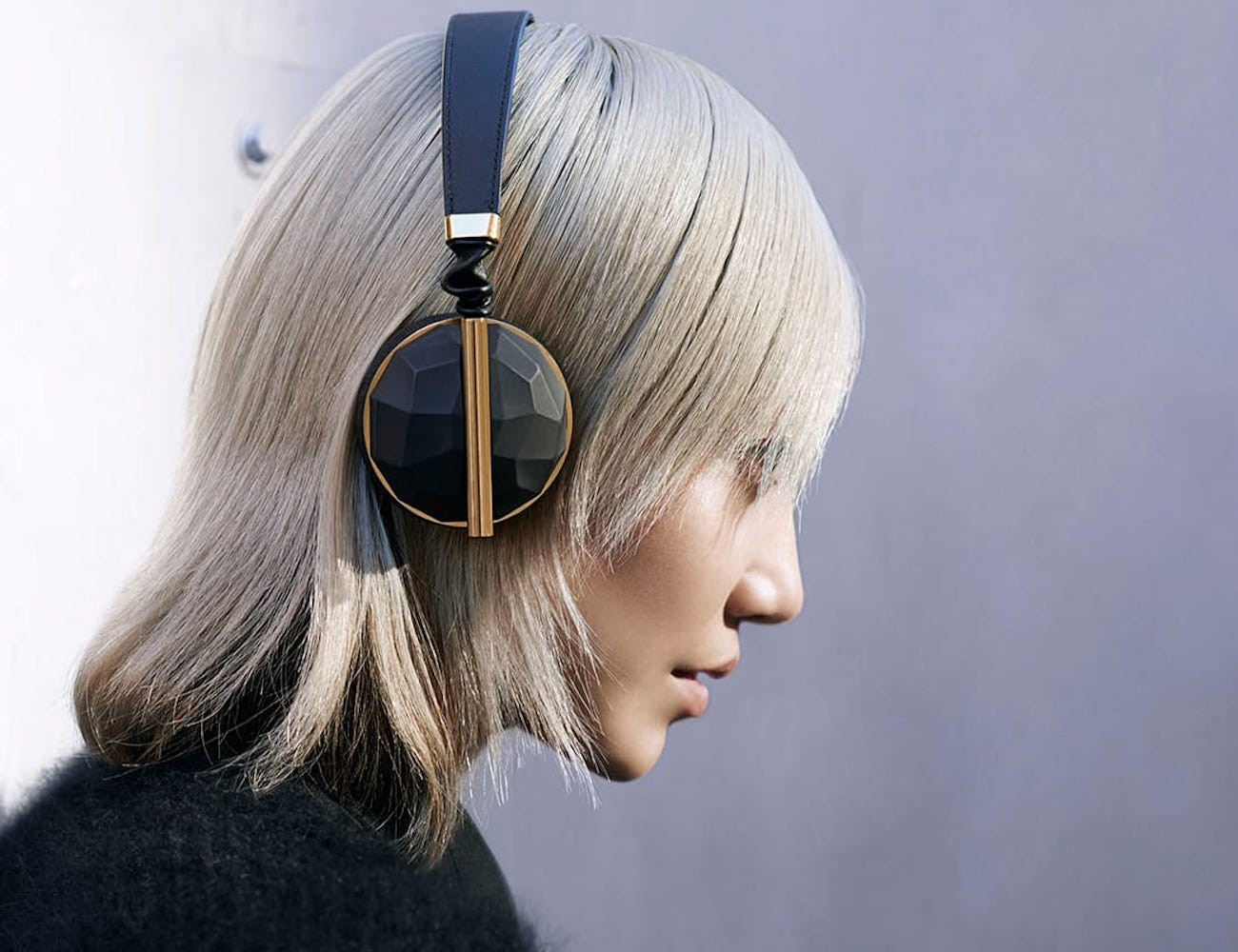 Caeden Linea Nº10 Wireless Lightweight On-Ear Headphones are a sonic revolution