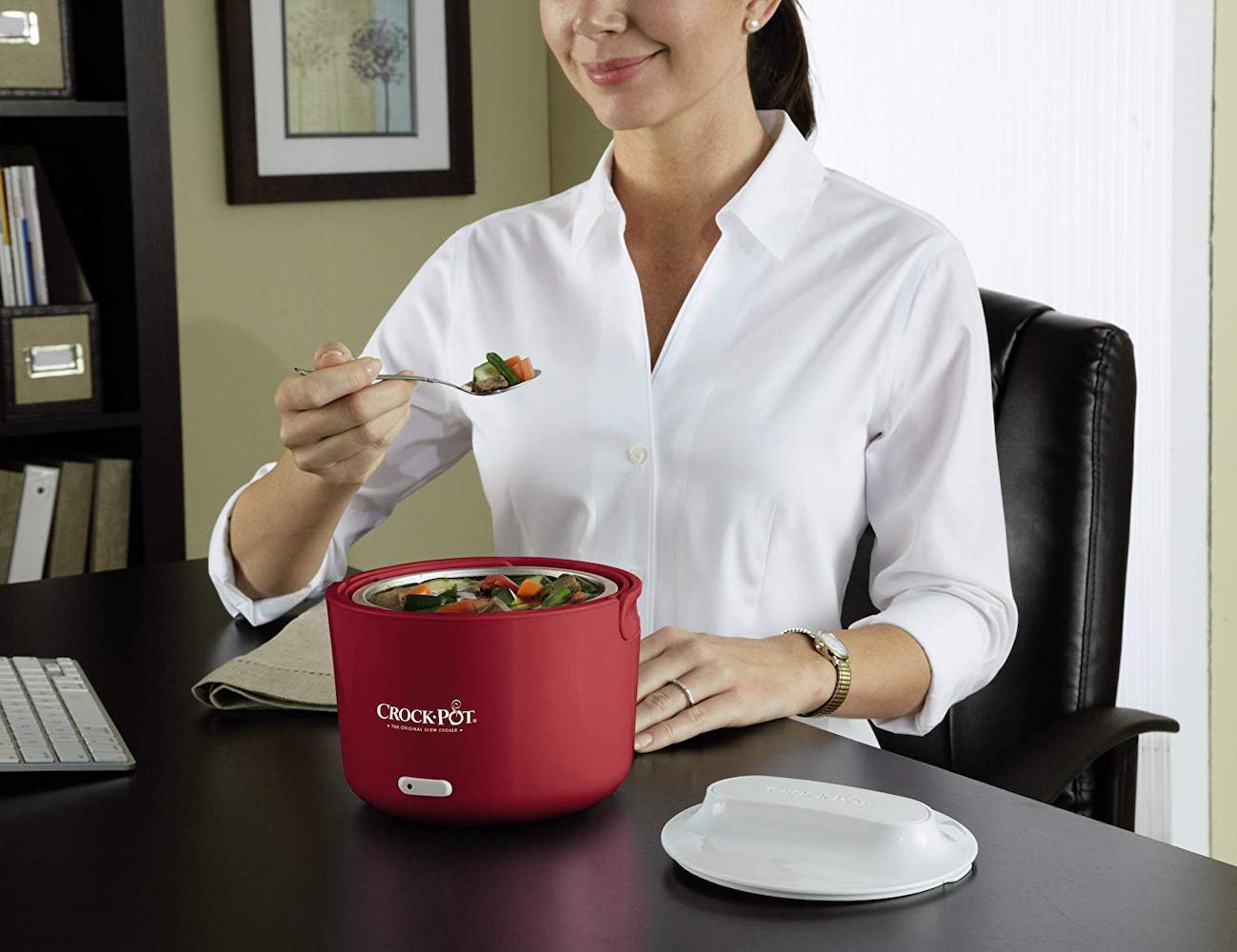 Crock-Pot Lunch Crock Portable Food Warmer keeps your lunch hot for hours