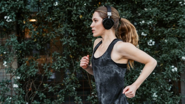EAMUS VERTO Portable Speaker Headphones let you listen to your music as you like