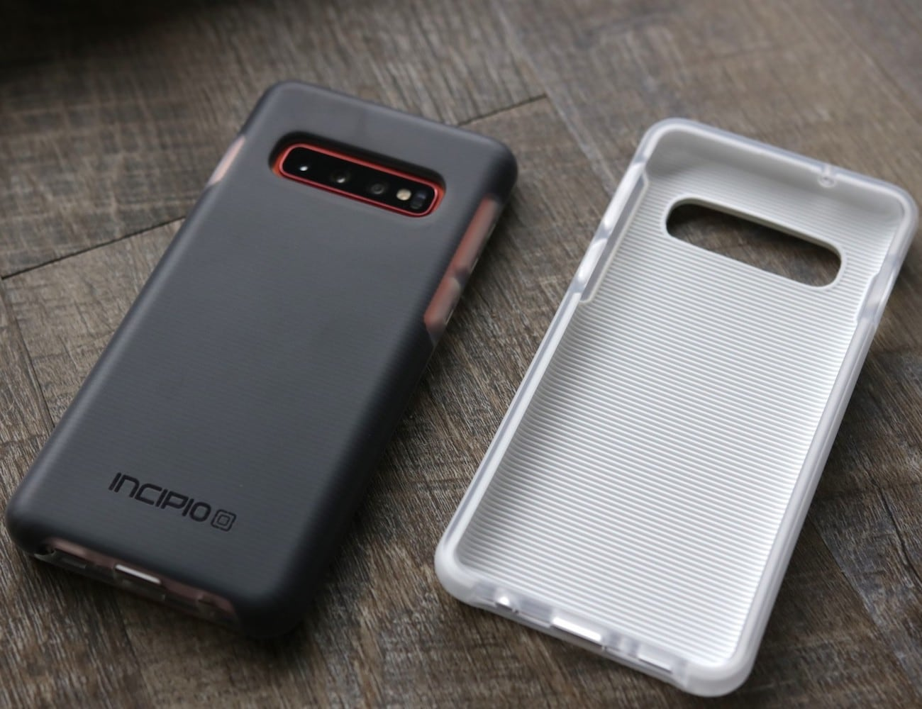Incipio Aerolite Impact-Protection Smartphone Case can fall from 11 feet high