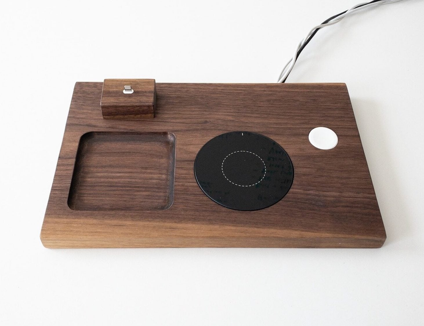 Loma Living Phone and Watch Device Docking Station is an excellent addition to your nightstand