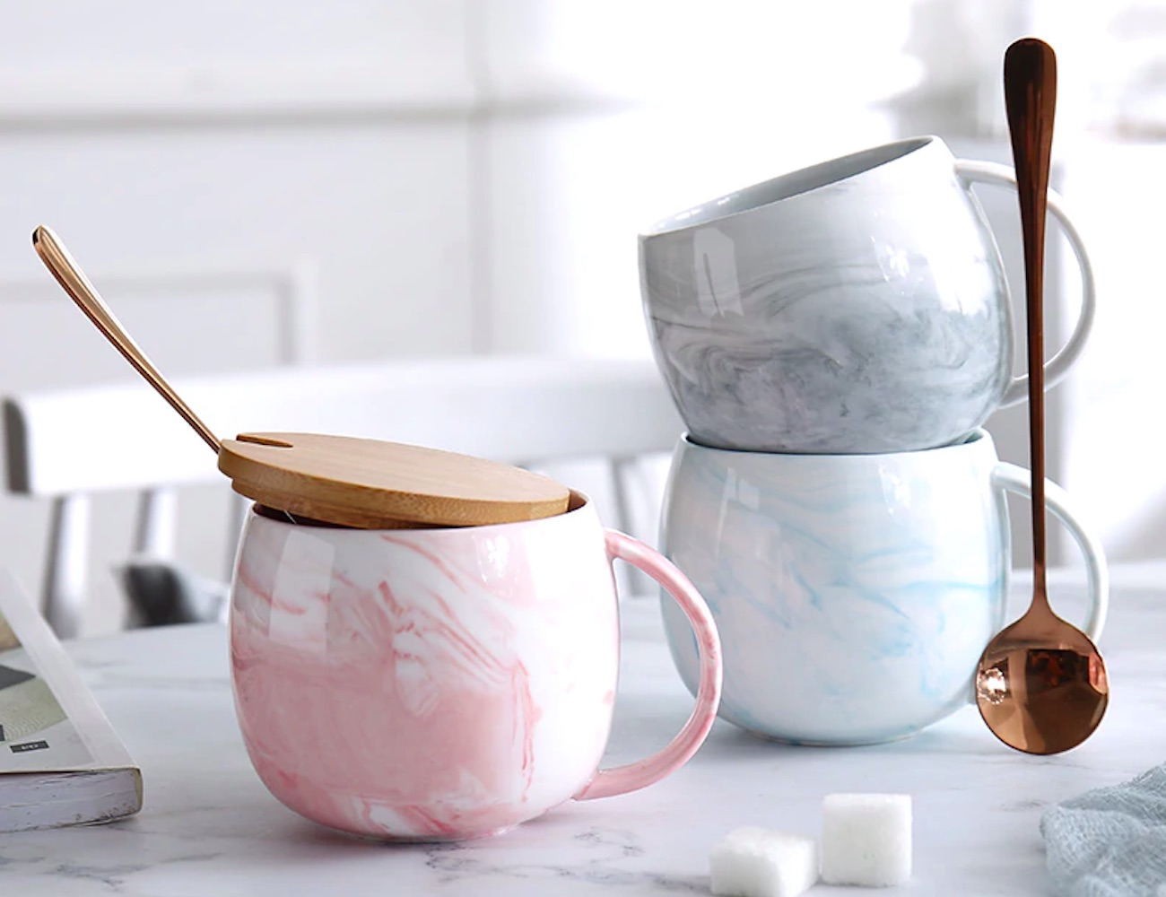 Marble Ceramic Coffee Mug with Lid and Spoon is equally beautiful and useful