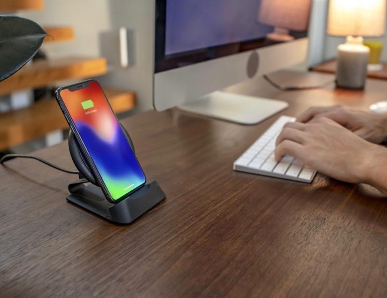 mophie charge stream desk stand Wireless Charging Stand lets you charge while you binge