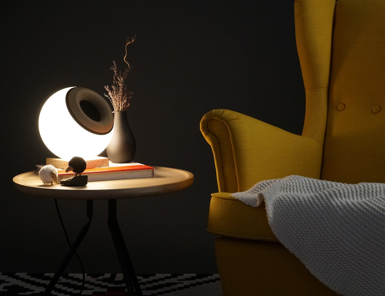 Oupio Smart Lamp Bluetooth Speaker controls all aspects of a room's ambiance
