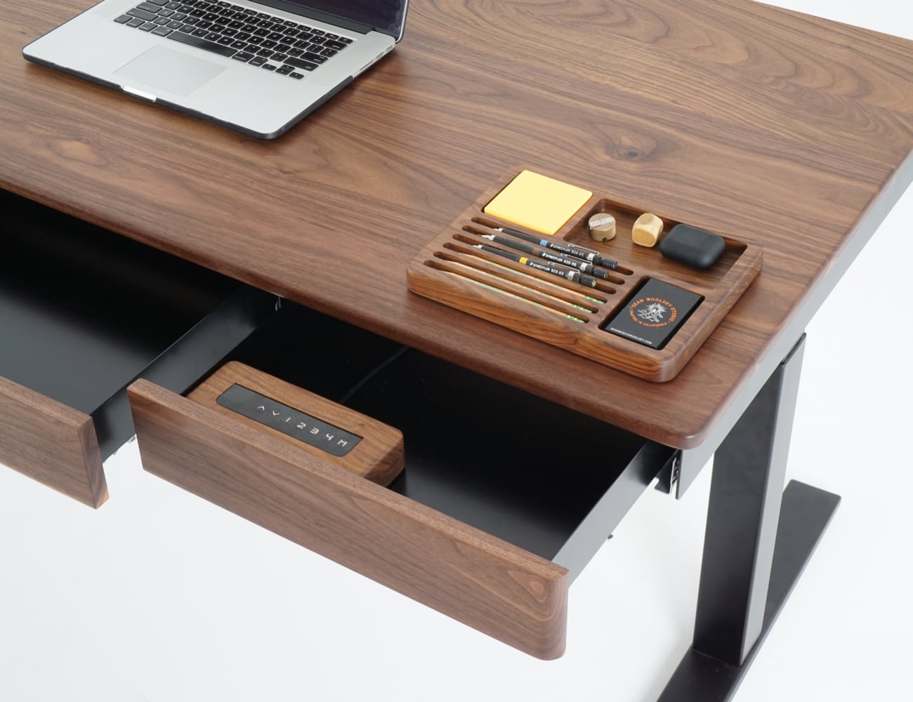 Sean Woolsey Efficiently Designed Smart Desk is the workspace you didn't know you needed