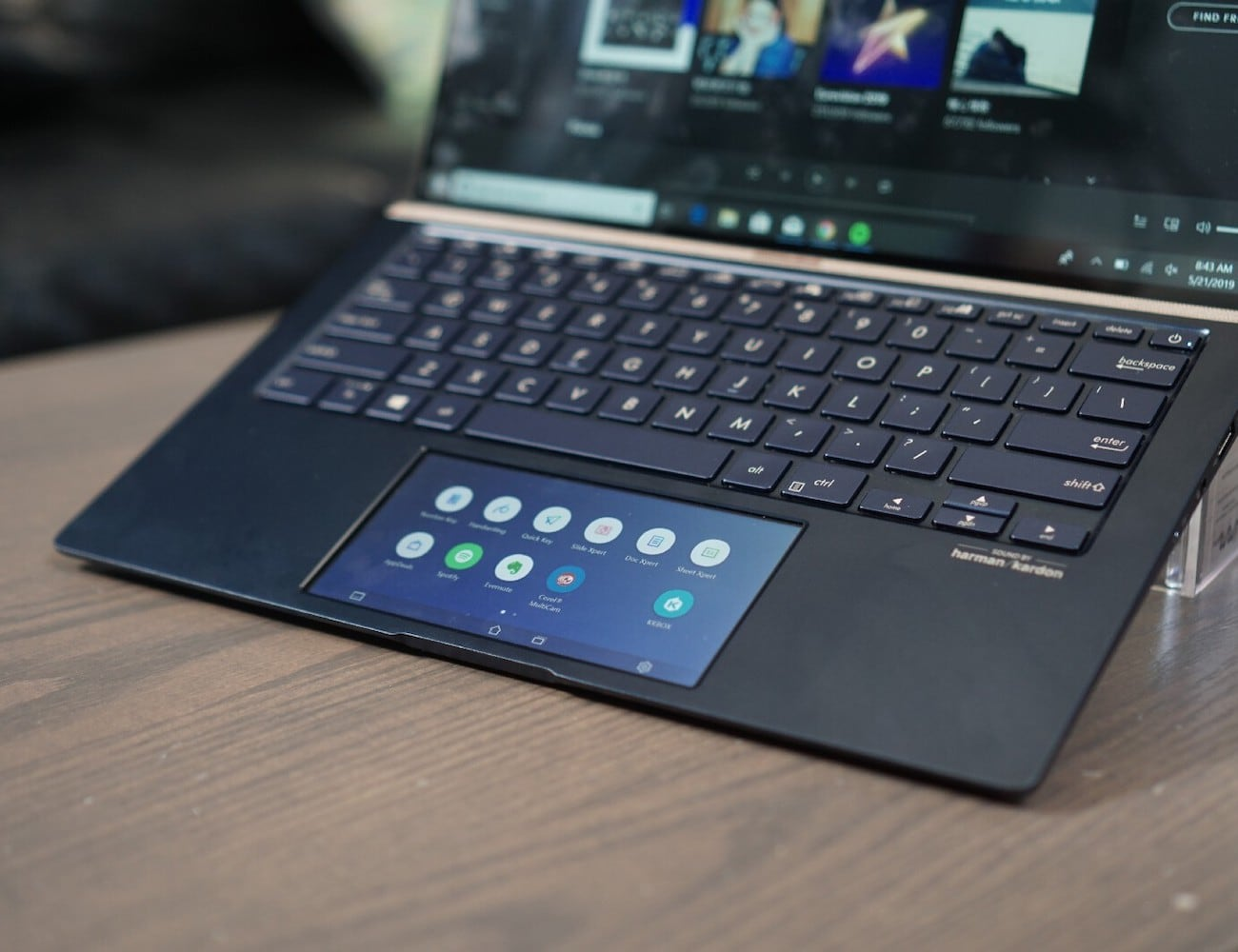 The best new tech revealed at Computex 2019 - Asus ScreenPad 2.0 2