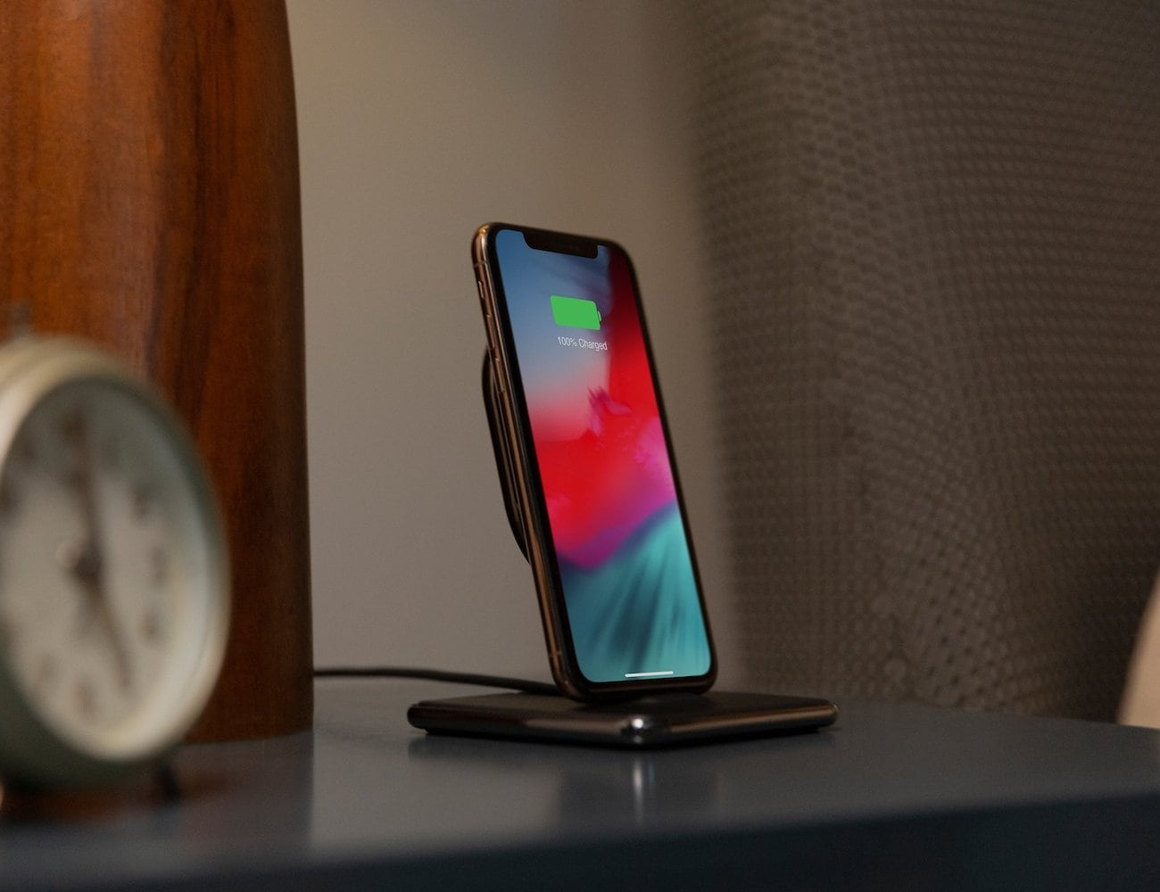 Twelve South HiRise Wireless 3-Way Charger powers up any Qi-enabled smartphone