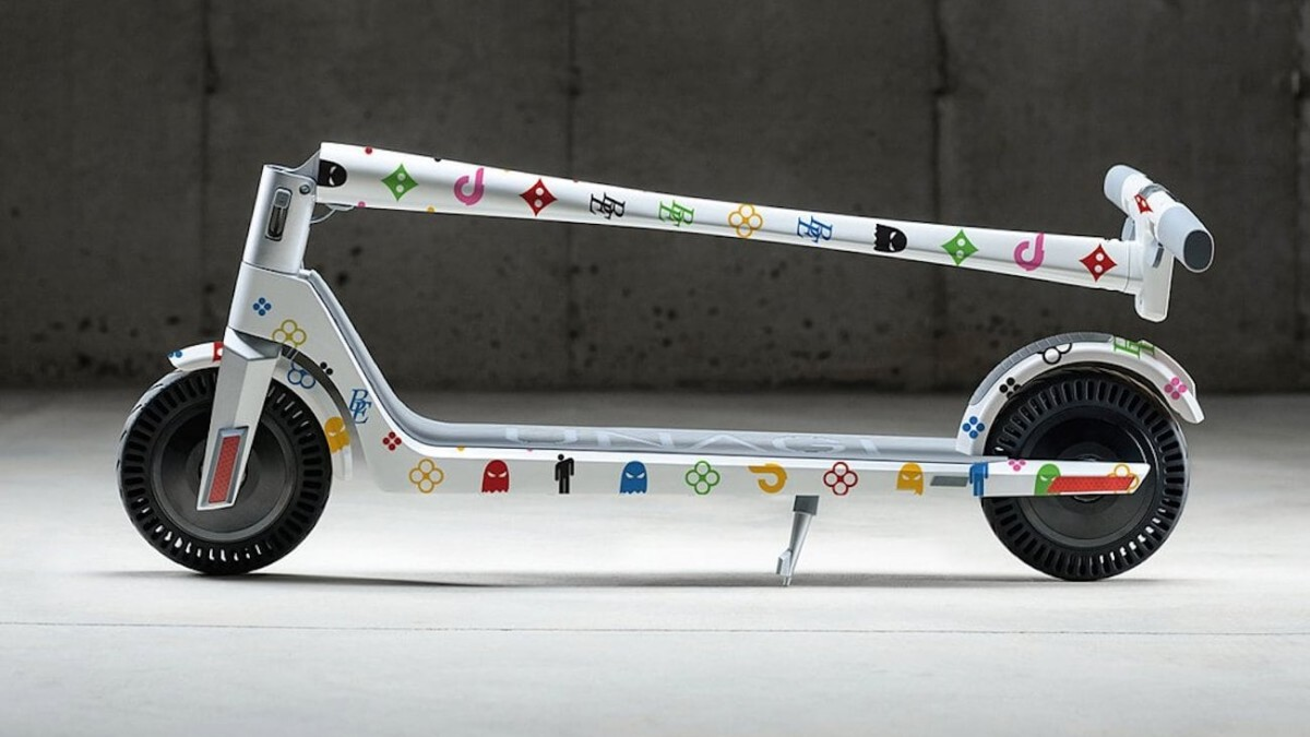 Unagi Scooters Model One Personal Electric Scooter lets you customize its colors