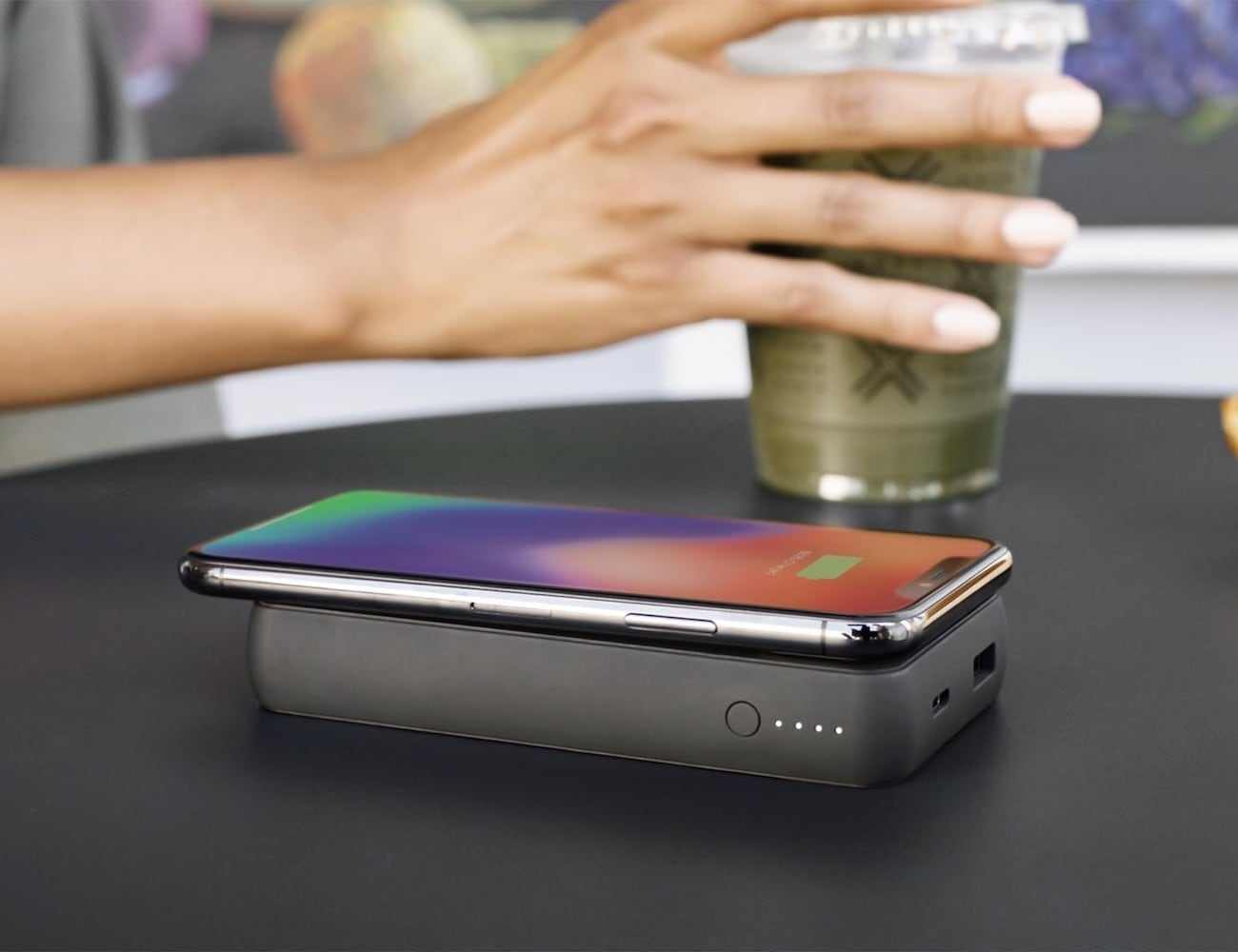 mophie charge stream powerstation wireless XL 10,000 mAh Power Bank lets you charge anywhere