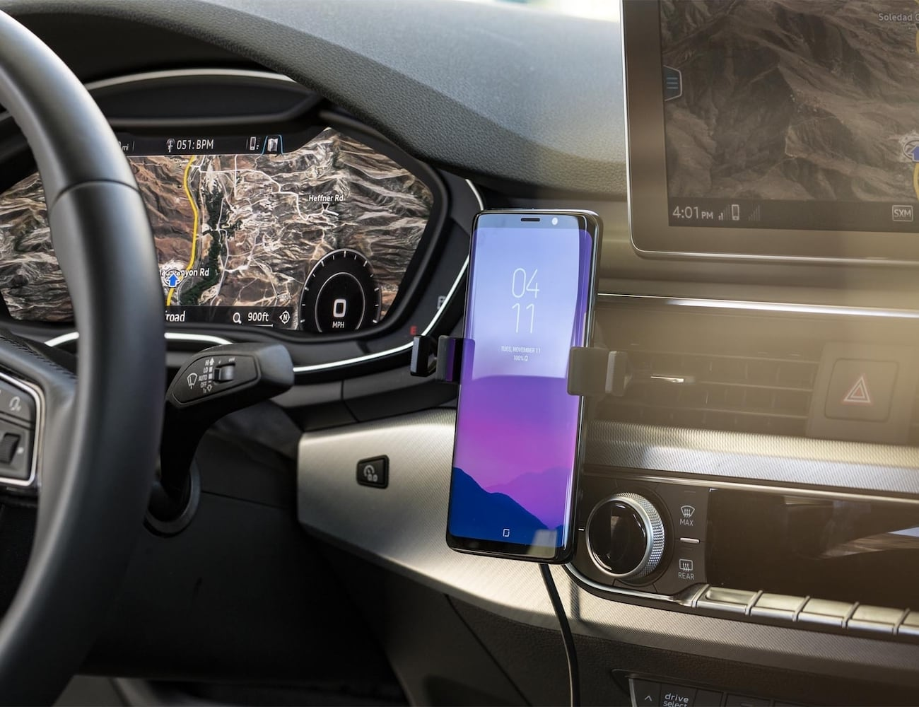 best website 03c0d 2c4e7 mophie charge stream vent mount Vehicle Phone Holder lets you power up in  your car