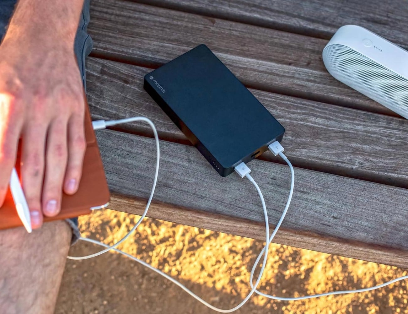 mophie powerstation XXL with Lightning connector Power Bank gives your iPhone 70 hours of battery life