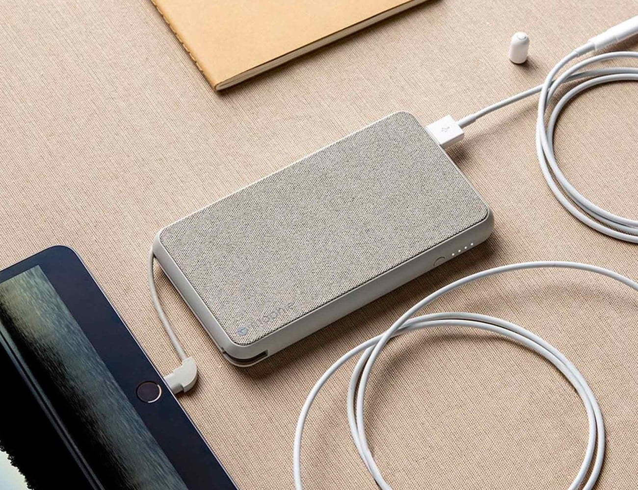 mophie powerstation plus XL with Lightning connector Apple Power Bank provides 10,000 mAh of battery power