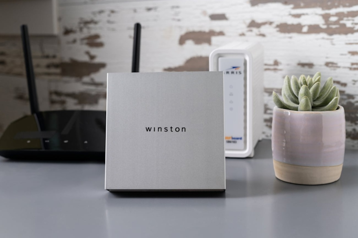Winston makes it easy to protect your online privacy