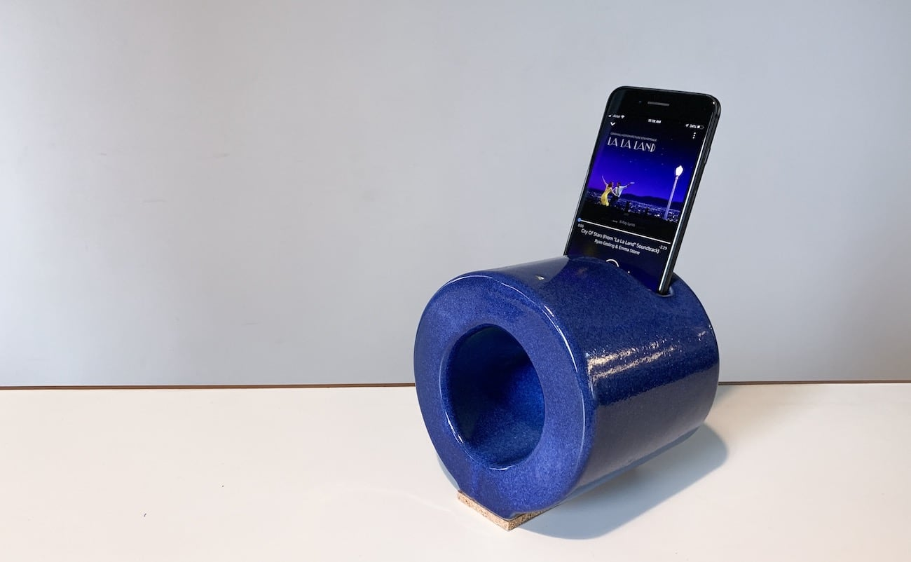 ANLG Handcrafted Ceramic Speaker amplifies smartphone music without batteries