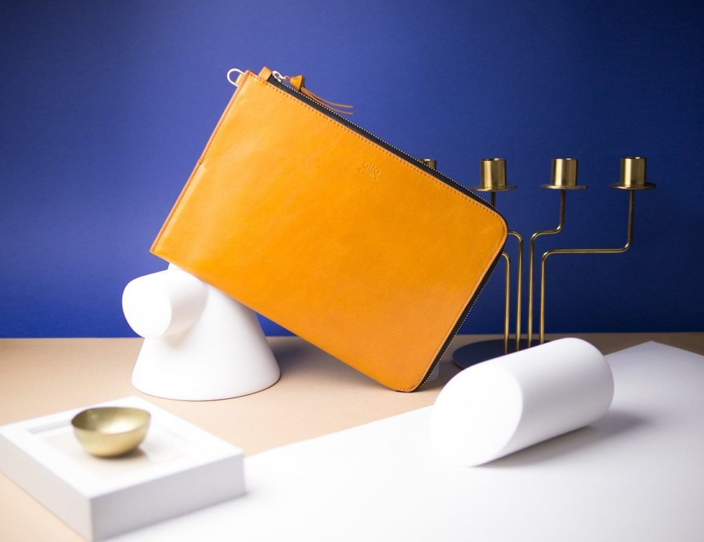 Alto+Leather+Clutch+Elegant+iPad+Pro+Case+protects+your+device+with+class