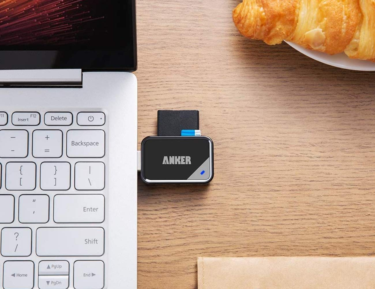 Anker USB 3.0 SD Card Reader Dual-Slot Data Transfer Device lets you simultaneously use two cards