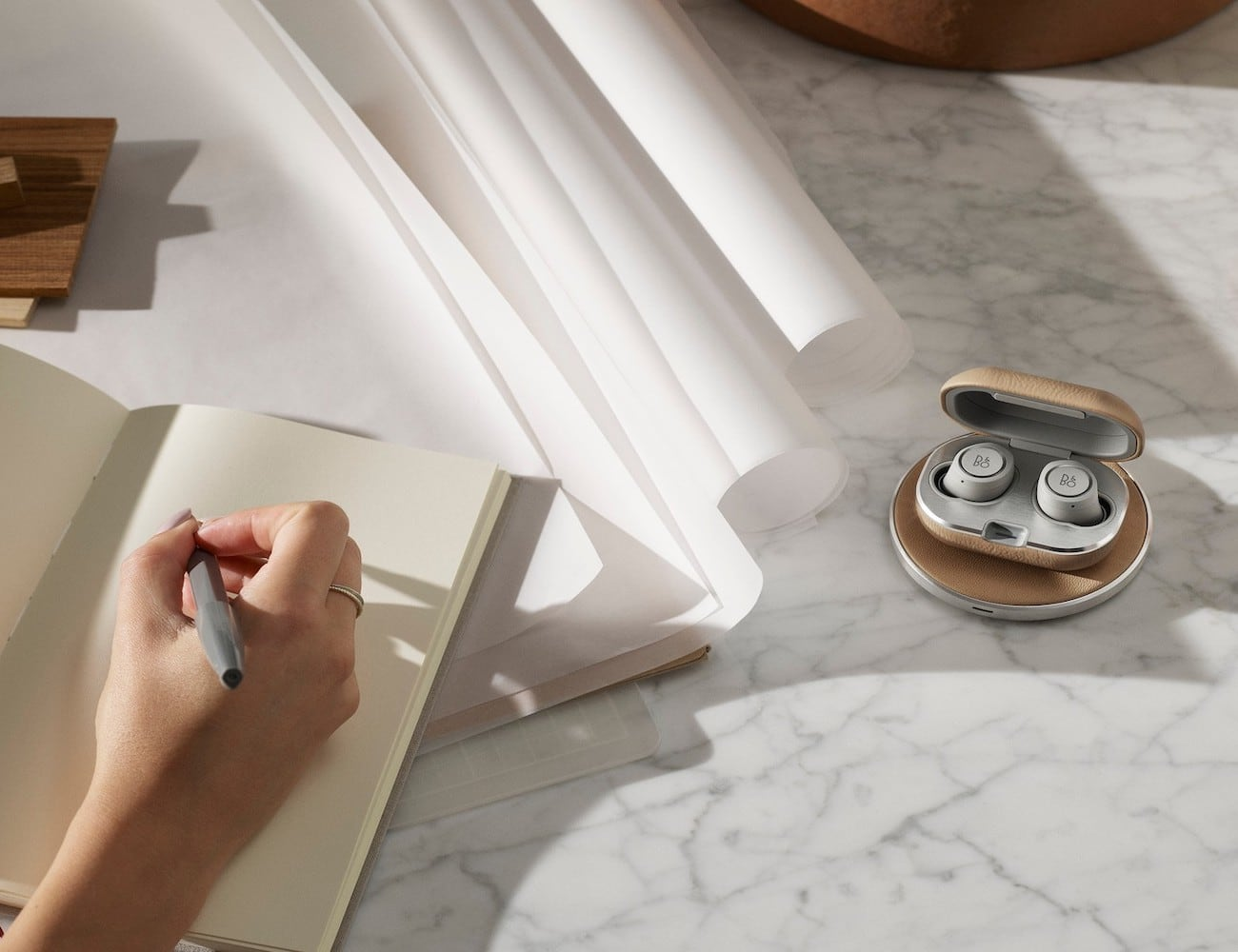 Bang & Olufsen Beoplay E8s 2.0 Wireless Earbuds