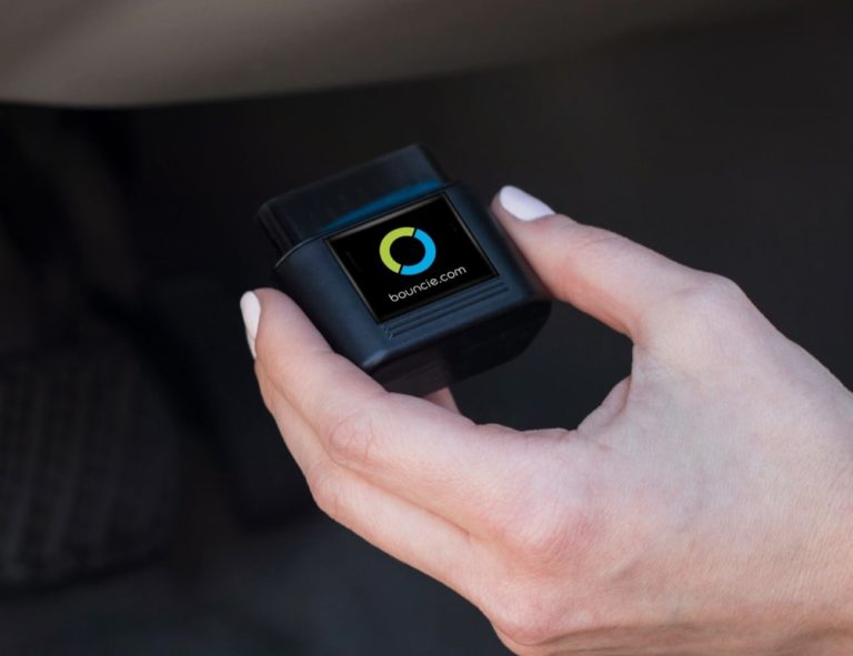 Bouncie+Smart+Car+Tracking+Device+helps+you+keep+your+family+members+safe