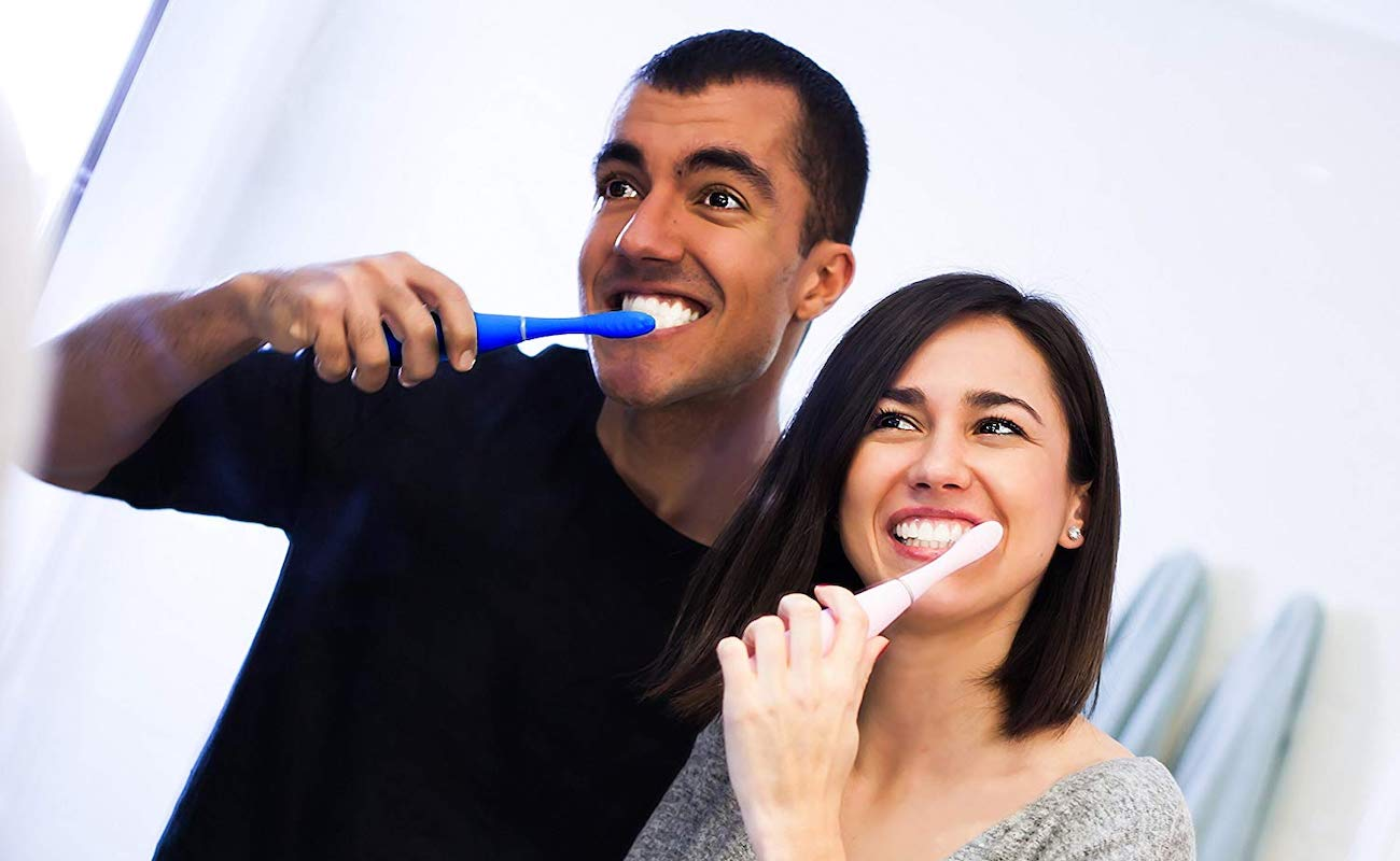 FOREO ISSA 2 Silicone Sonic Toothbrush lasts for a year on just one charge