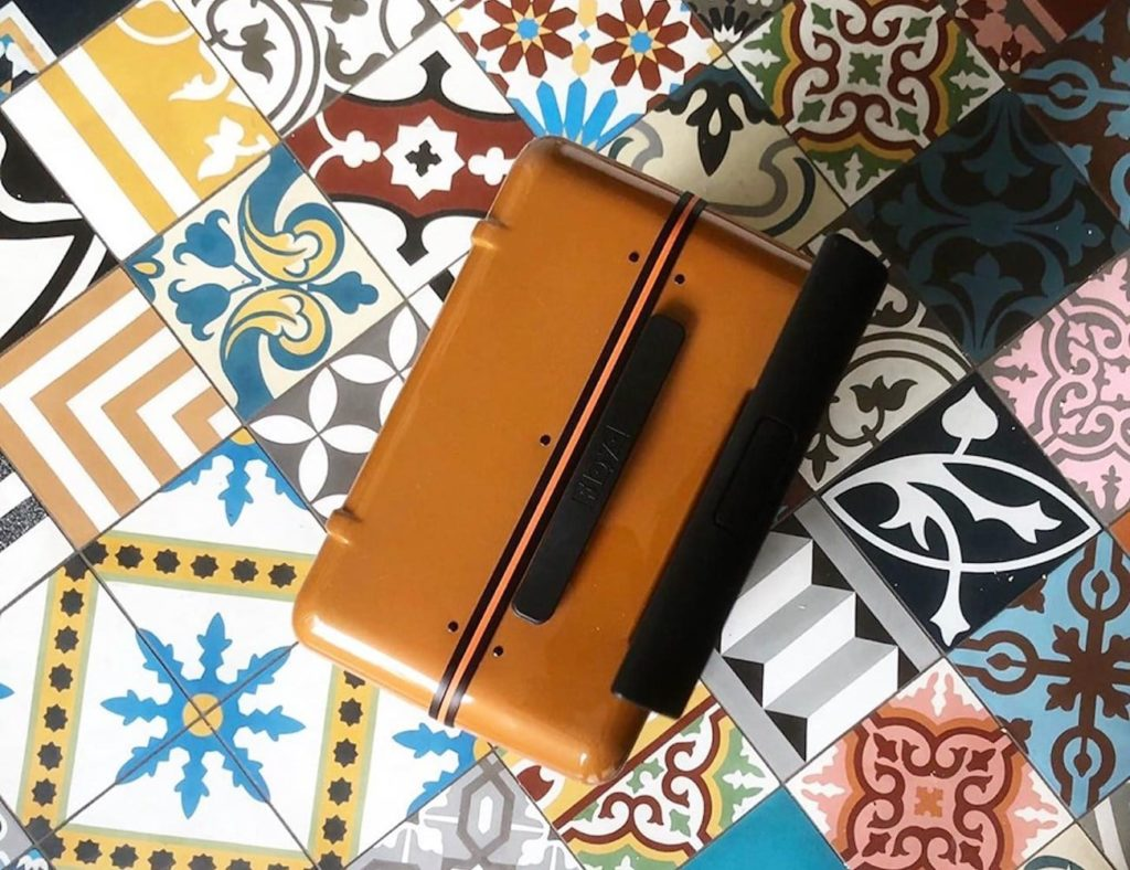 Floyd+Cabin+Hard+Shell+Skateboard-Inspired+Suitcase+offer+a+high-quality+vintage+design