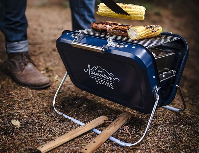 Gentlemen%26%238217%3Bs+Hardware+Portable+Barbecue+Compact+Coal+Grill+has+a+convenient+carry+handle