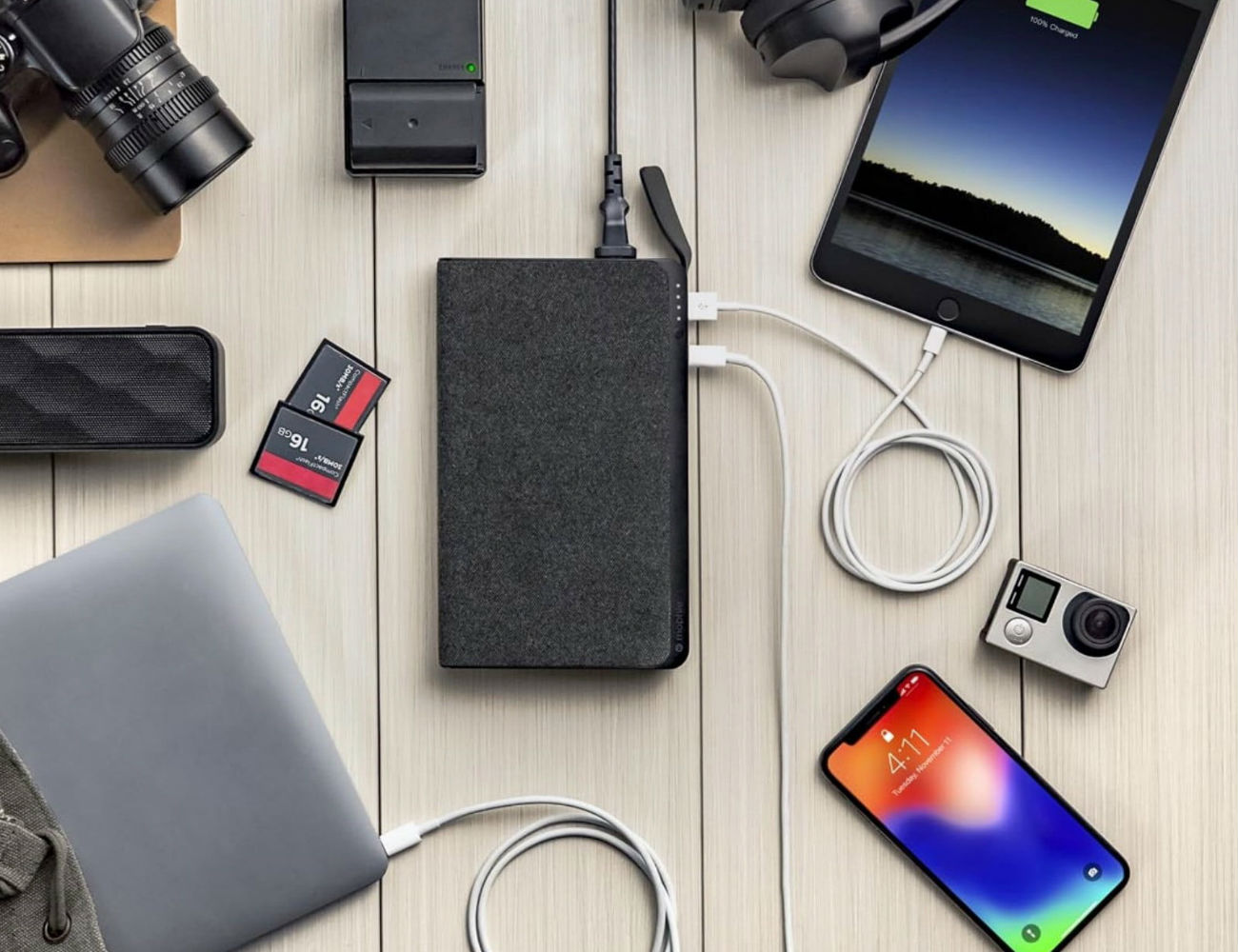 mophie Powerstation AC Universal Battery