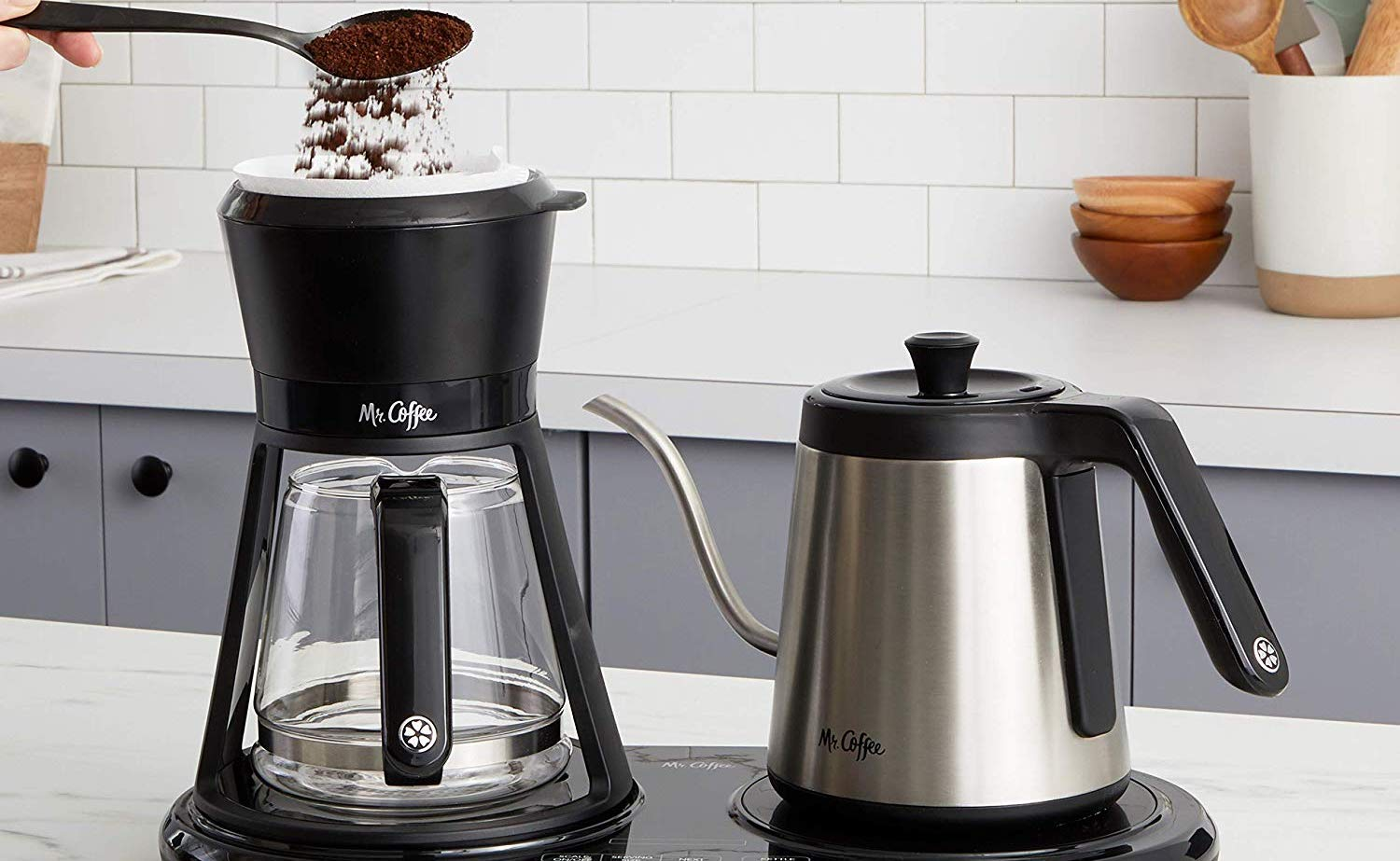 Mr. Coffee BVMC-PO19B Pour Over Coffee Maker helps you make high-quality coffee at home