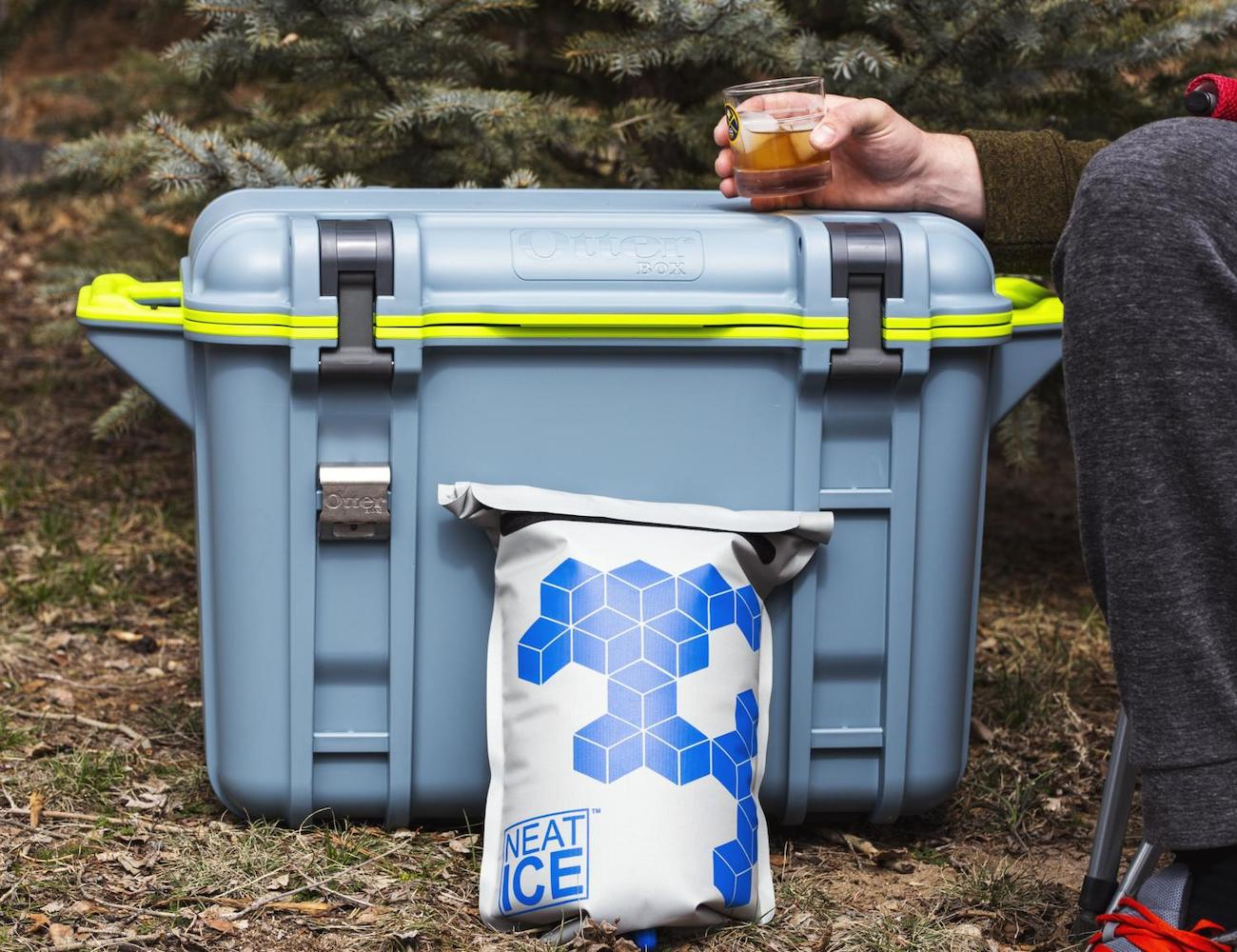 NeatIce Reusable Cooler Bag prevents unnecessary waste of water and single-use plastic