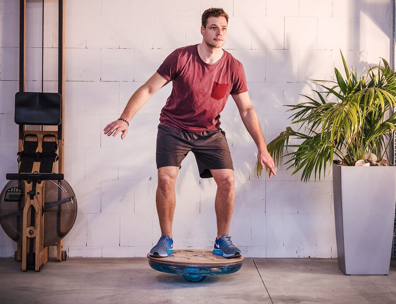 NOHrD Eau-Me Board Shifting Water Balance Board encourages spontaneous muscle response