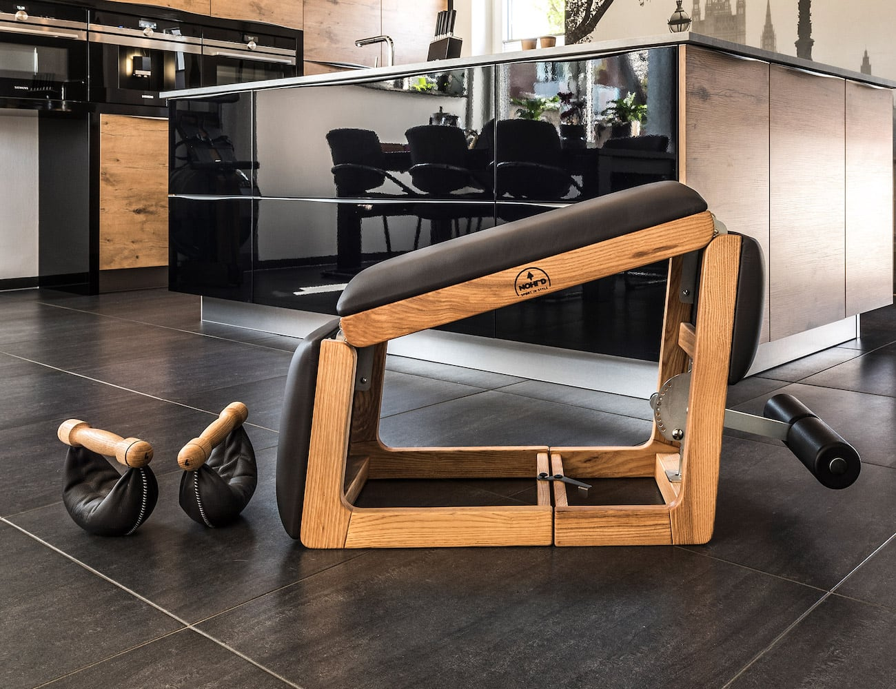 NOHrD TriaTrainer 3-in-1 Minimalist Home Exercise Machine works out your abs and back