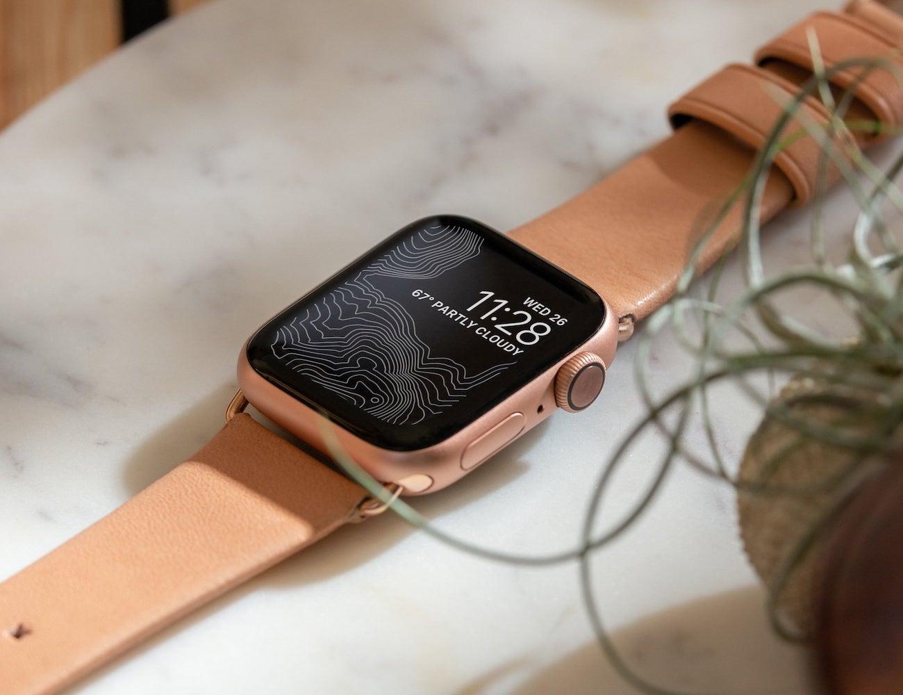 Nomad Modern Leather Strap