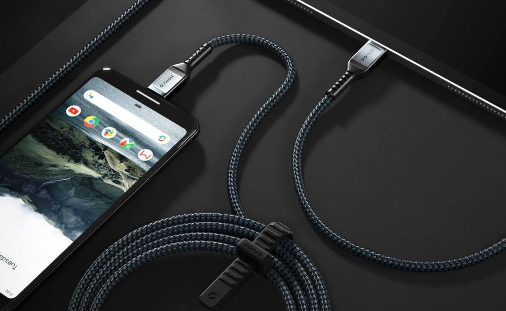 Nomad+USB-C+Kevlar-Braided+Cable+is+reinforced+in+and+out+to+prevent+fraying