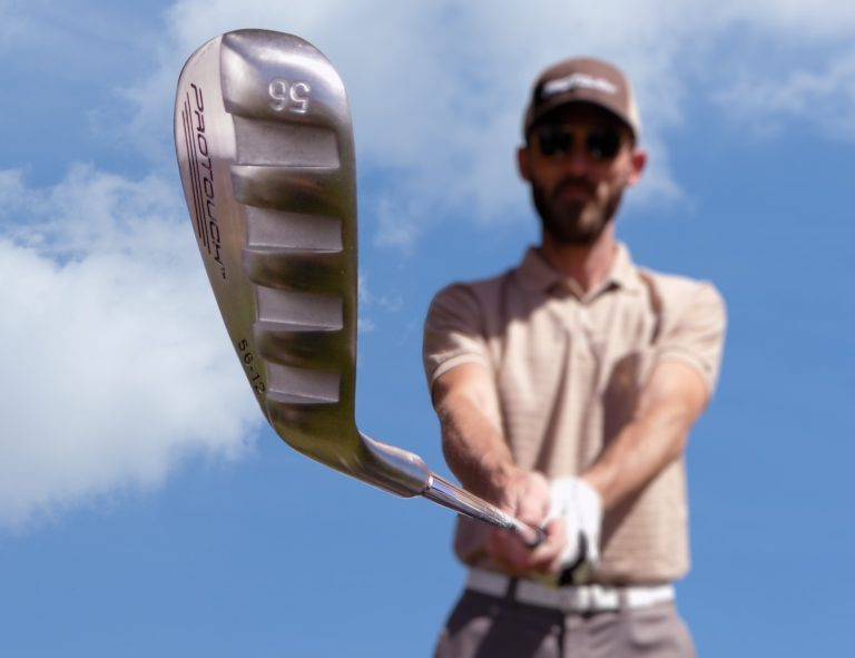 ProTouch%C2%AE+Sole+Channel+Sand+Wedge+Golf+Club+gives+you+a+clear+shot+out+of+the+sand+trap