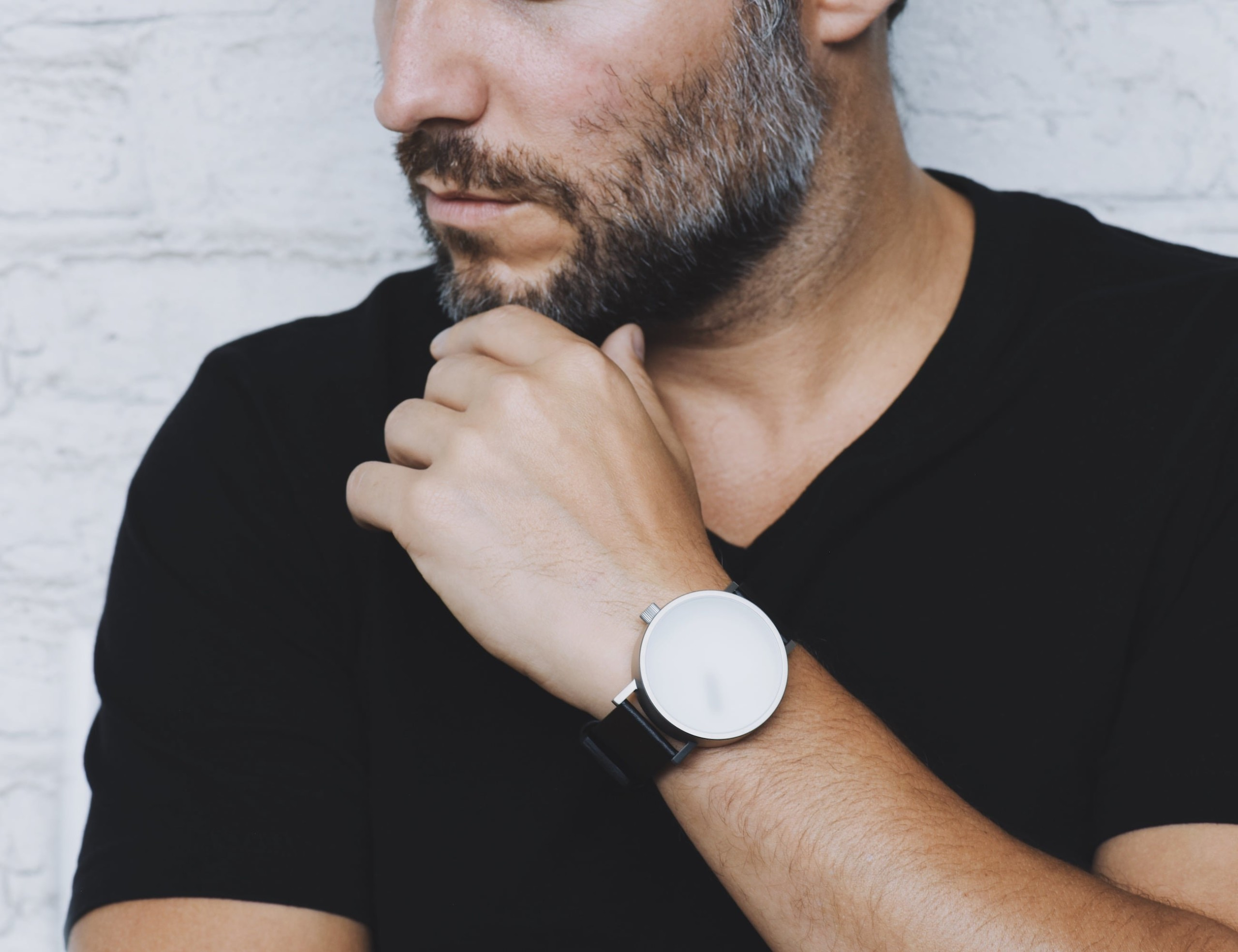 Relax by StudioDWAS Blurred Glass Poetic Timepiece helps you live in the moment