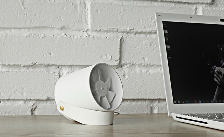 RG+VH+Compact+Quiet+USB+Desk+Fan+keeps+you+cool+while+you+work